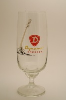 1, FC Dynamo Dresden (3rd place, 31 seasons, 1077 points) were the main rivals of BFC Dynamo in the late 70s and 80s. This glass recalls the distinctive lighting masts of the team's home ground the Rudolf-Harbig Stadion (since removed).